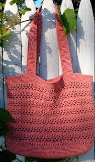 http://www.ravelry.com/patterns/library/lacy-v-shopping-bag