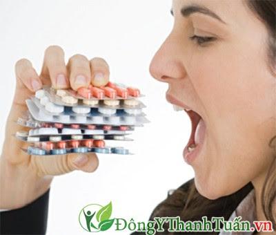 Uống thuốc giảm đau gây ảnh hưởng đến cơ thể