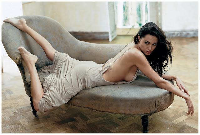 """Angelina Jolie, a """"bocuda"""" mais sexy do planeta faz 40 aninhos!"""