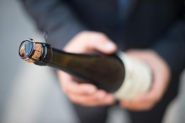 Comment Ouvrir une bouteille de champagne