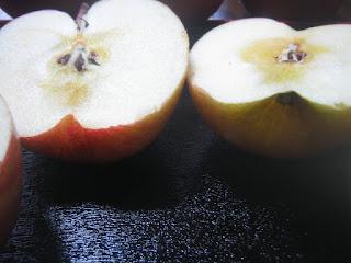 りんごのアップ