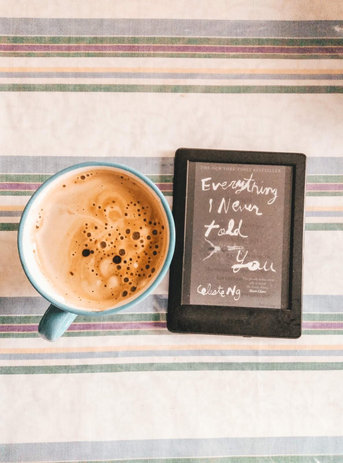 """Uma Dúzia de Livros - """"Everything I Never Told You"""", Celeste Ng"""