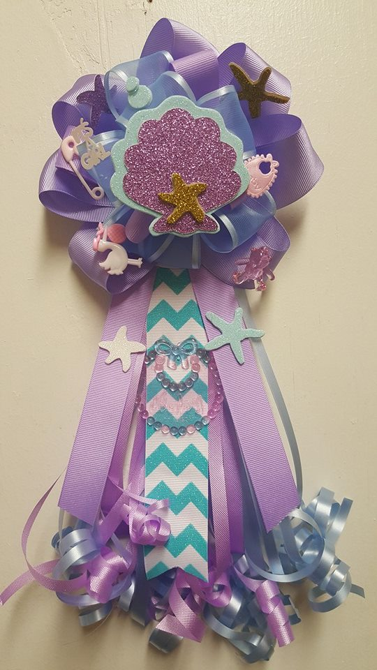 GIRL THEME BABY SHOWER CORSAGES