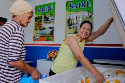 Prefeitura de Sairé distribui leite para famílias de baixa renda