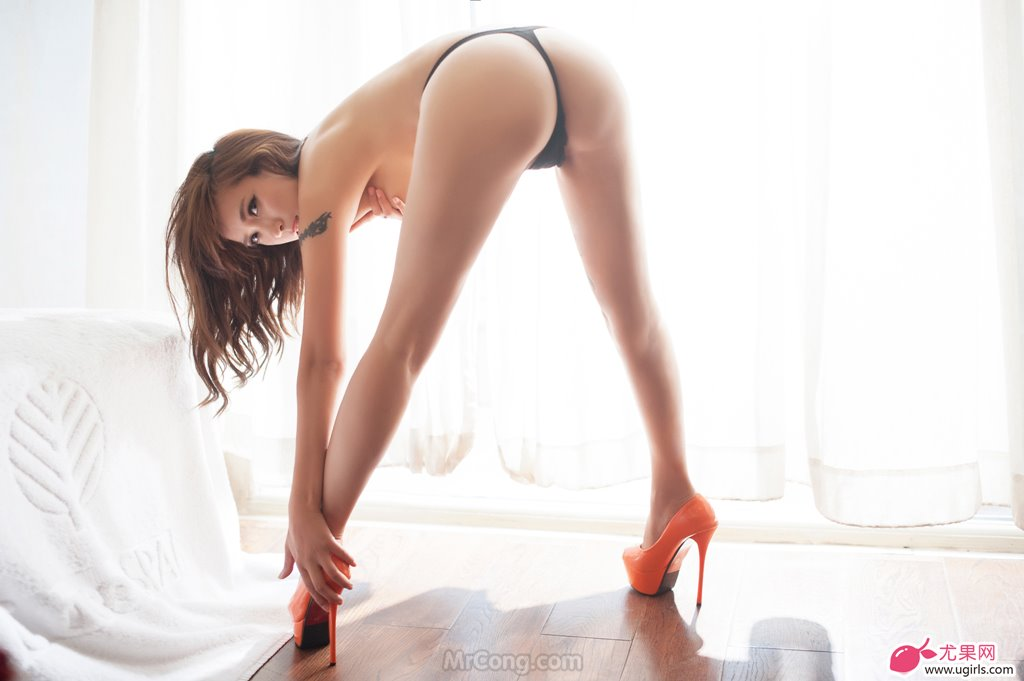 Image MrCong.com-UGIRLS-020-Tian-Yi-Yi-030 in post Người đẹp Tian Yi Yi (田依依) khoe ngực trần sexy trong bộ ảnh UGIRLS 020