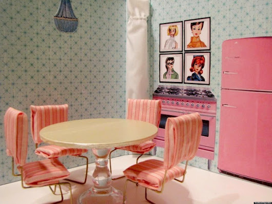 Style Home Furniture: Dollhouse Furniture That You Can Paint And Design Yourself. Plus Other Holiday Ideas