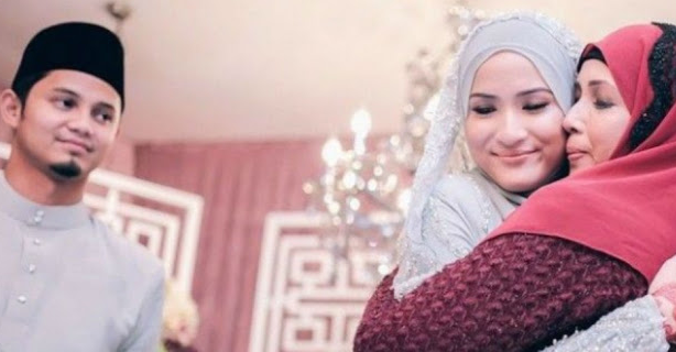 Tips Disayang Ibu Mertua Bagi Menantu Perempuan Menurut Adab dalam Islam
