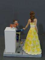 sposi sulla torta fatti a mano con gatti cake tops a tema museo orme magiche