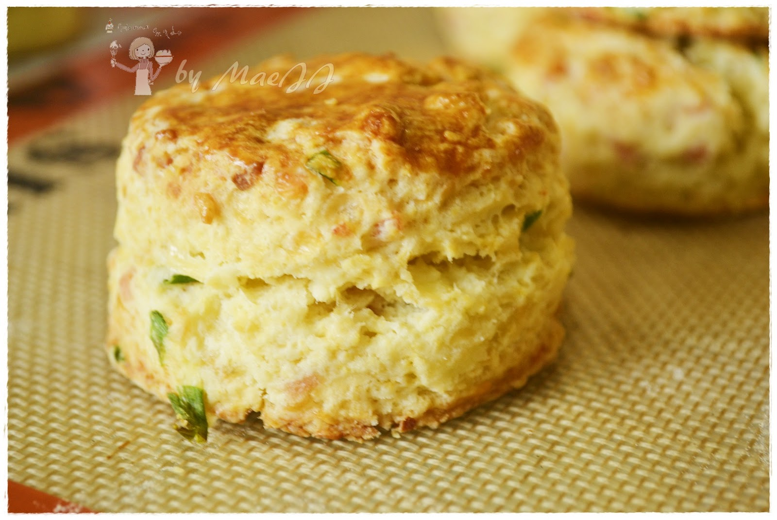 Cooking and Baking with MaeJJ: Ham and Cheese Scone