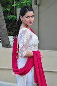 mannara chopra beautiful photos-thumbnail-14