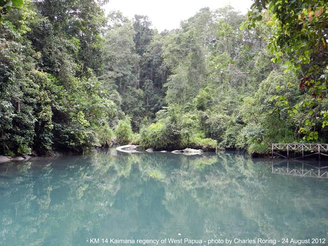 Sungai di Kilometer 14 Kaimana