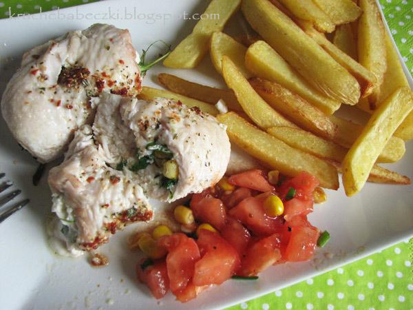 Roladki z indyka z rukolą, serem feta i kukurydzą :))