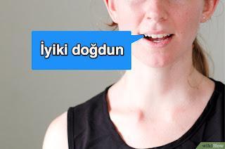 Como Aprender turco para Dizer Feliz Aniversário em Turco Türkçe Doğum Günün kutlu olsun nasıl.