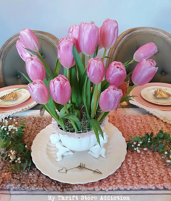 romantic Vintage Valentine tablescape