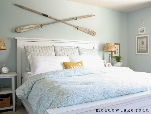 Crossed Oars Wall Decor Above Bed