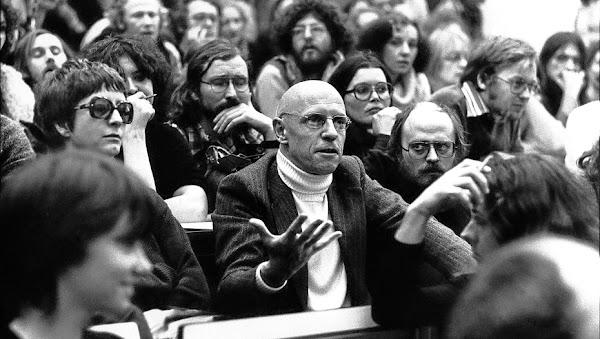Michel Foucault | Hacia una crítica de la razón política
