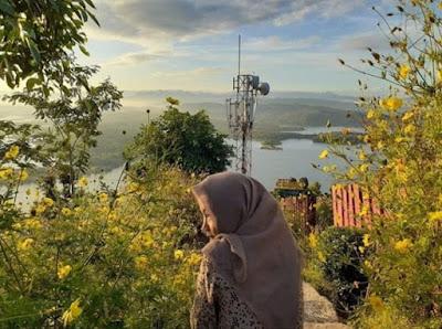 keindahan-sunrise-di-watu-cenik-wonogiri