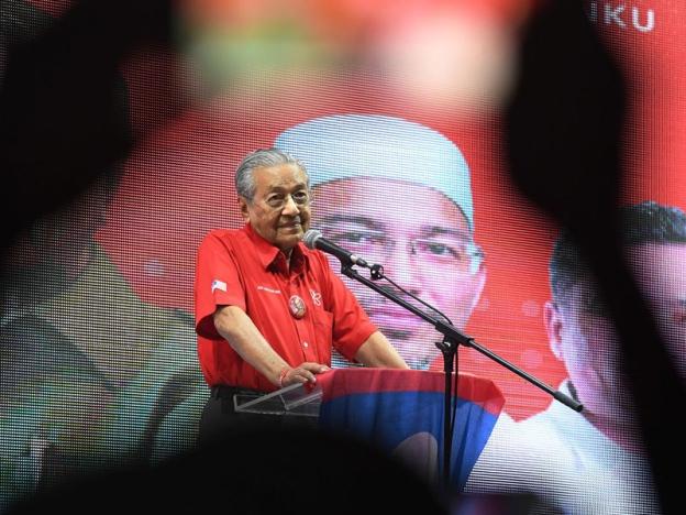 PRU 14 - Tun Mahathir memang bijak, tapi Datuk Seri Najib jauh lebih bijak