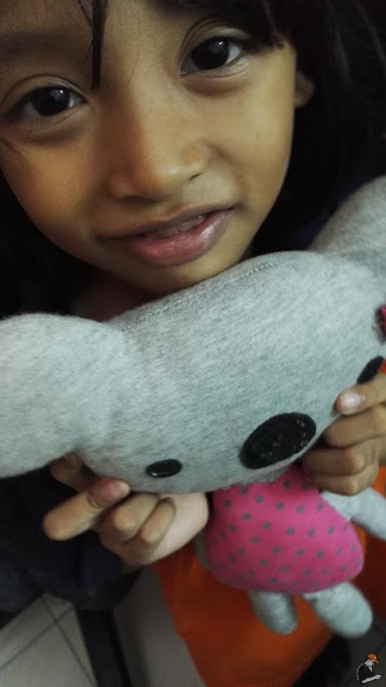 Anak Umur 6 Tahun Jahit Sendiri Anak Patung Rosak