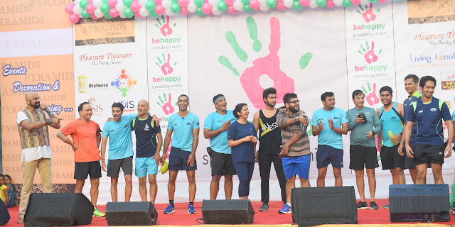 """Inaugural of """"Be happy Spreading smiles"""" IT WAS FUN, FROLIC AND. NO VEHICLE ZONE ON SUNDAY IN LOKHANDWALA"""