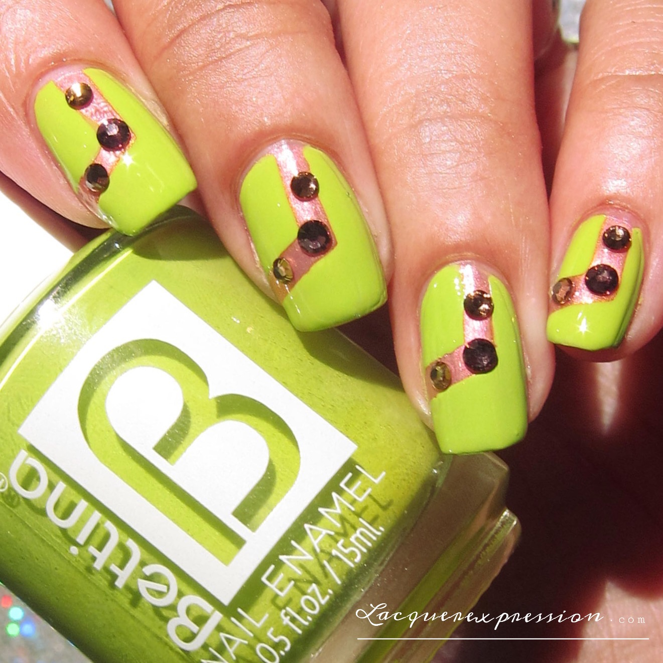 Mainstream swatch and review swarovski trends nail art crystals original nail art design featuring round amethyst and peridot swarovski nail crystals green apple by prinsesfo Images