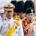 Король Таиланда женился на бывшей стюардессе и своем телохранителе (видео)
