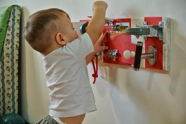 Diy toys online Easy busy board