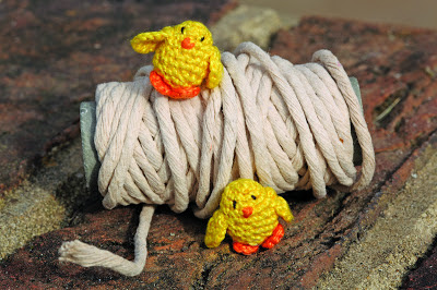 cheeky crochet chicks