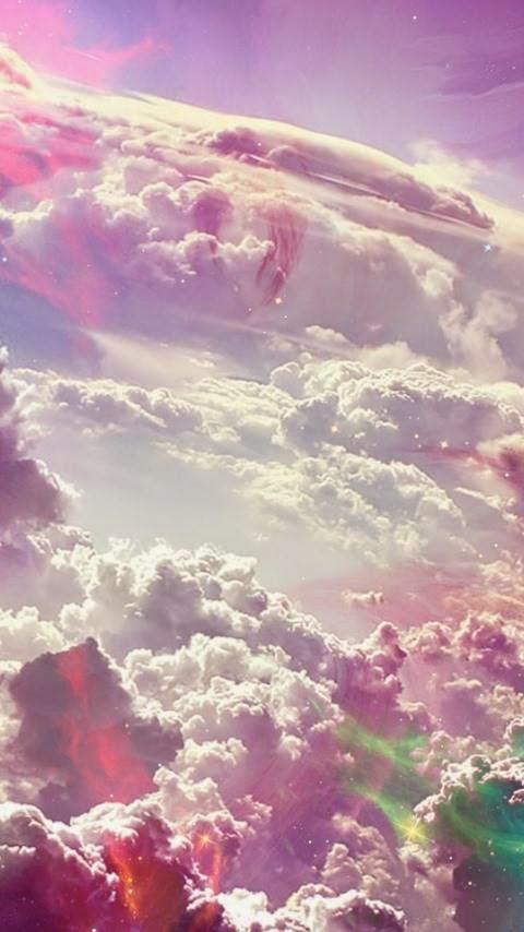 خلفية السحب والجبال للأندرويد