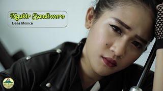 Lirik Lagu Della Monica – Ngukir Sandiworo