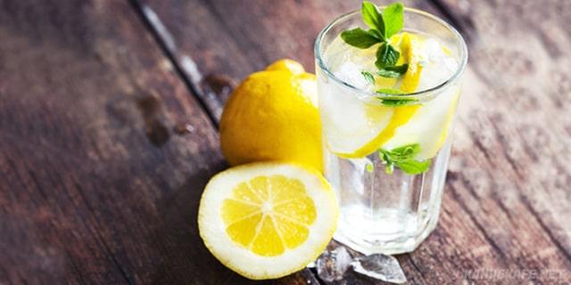 limon ve sirkeli yağ yakıcı detoks suyu tarifi - www.kahvekafe.net