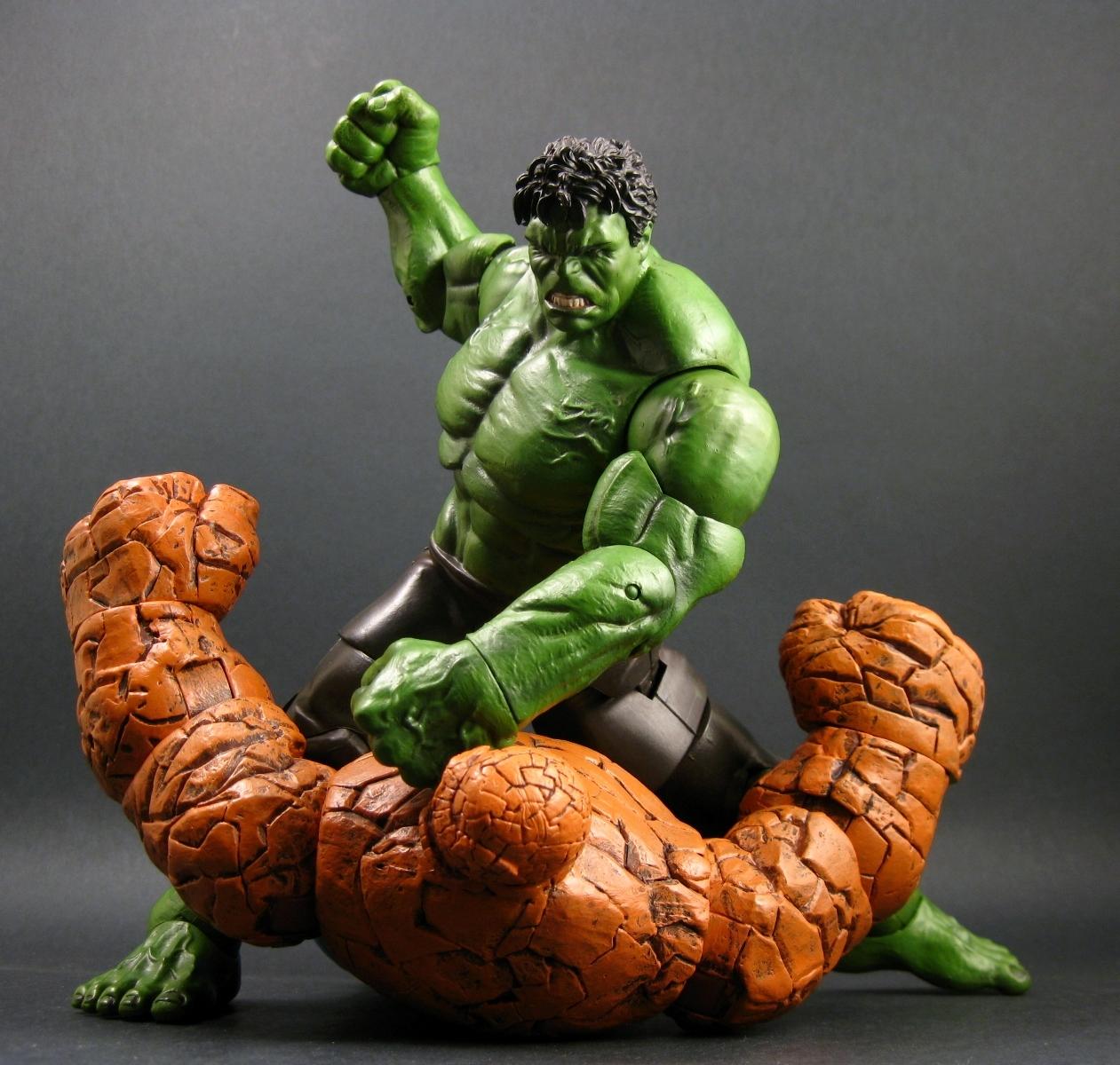 Chase Variant: The Avengers: Marvel Select Hulk