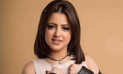 فيديو لمنى فاروق قبل القبض عليها ترقص أمام المرآة