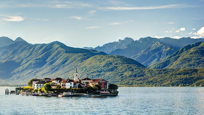 Wallpaper: Isola dei Pescatori. The Island