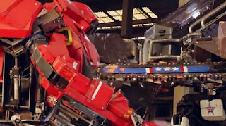 The Giant Robot Duel, Eagle Prime vs Kuratas