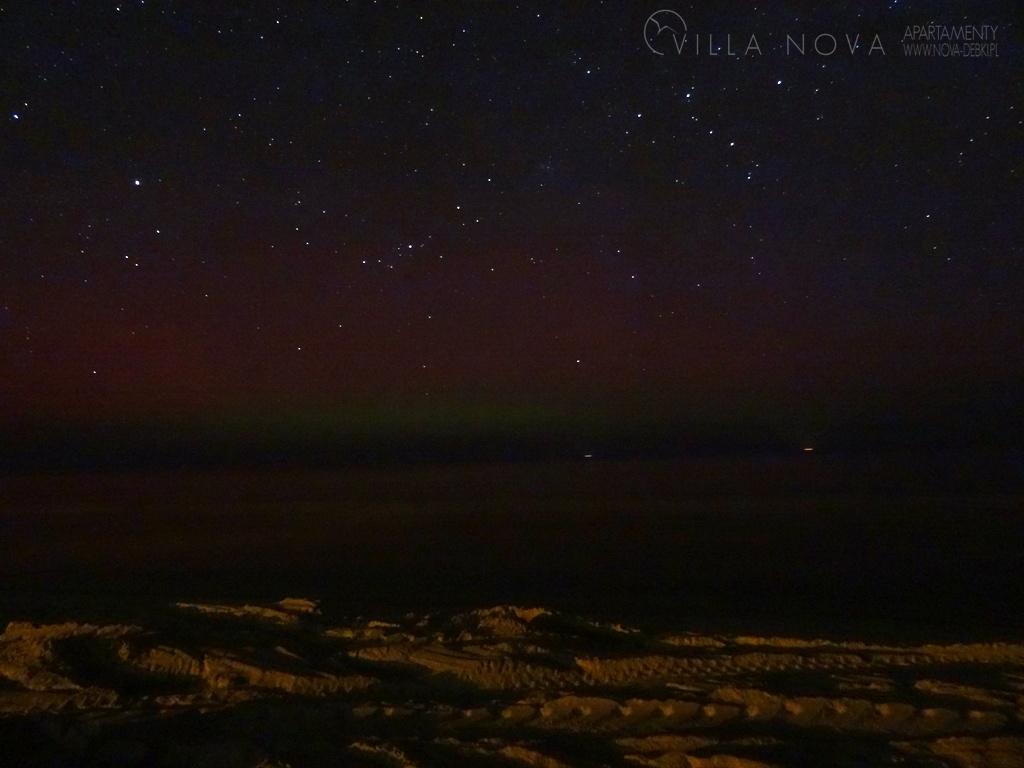 Zorza polarna sfotografowana w noc z 7 na 8 kwietnia 2016 r. Dębki, pomorskie. Autor: Piotr Okulski
