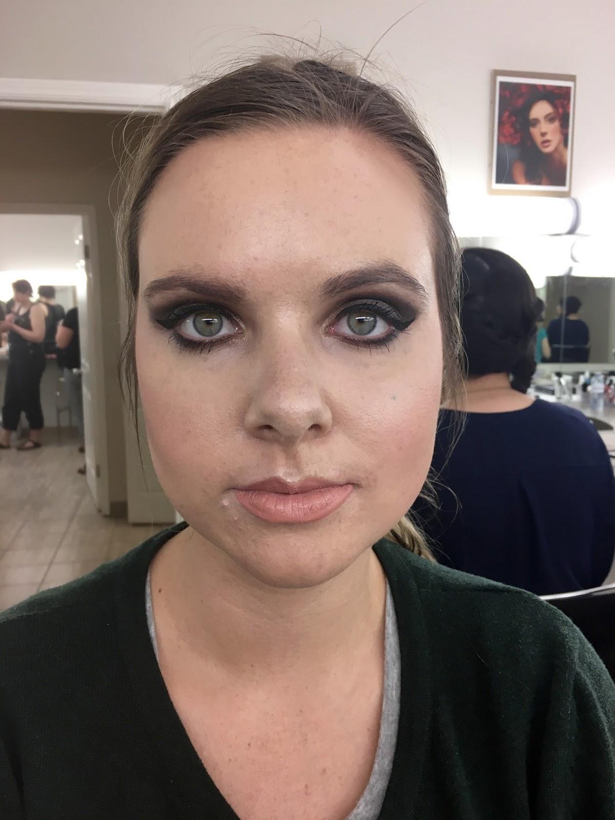 Elegance Schools Makeup