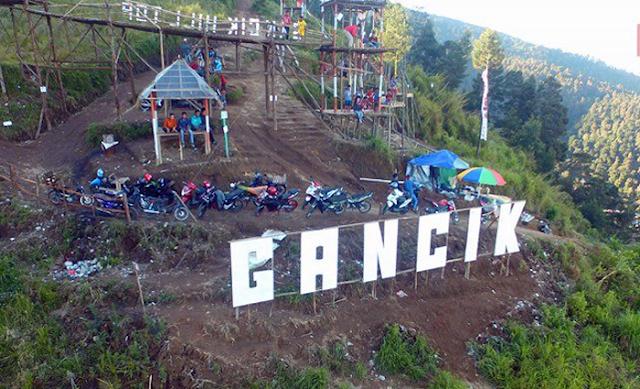 Gancil-Hill-Pemandangan-Elok-Tawarkan