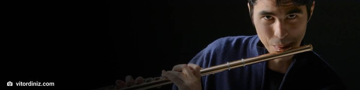 Flauta encantanda flautista vitor diniz musica classica paraiba bach carl philipp emanuel villa lobos pixinguinha bachianas sivuca dante santoro samuel cavalcanti ambiente de leitura carlos romero