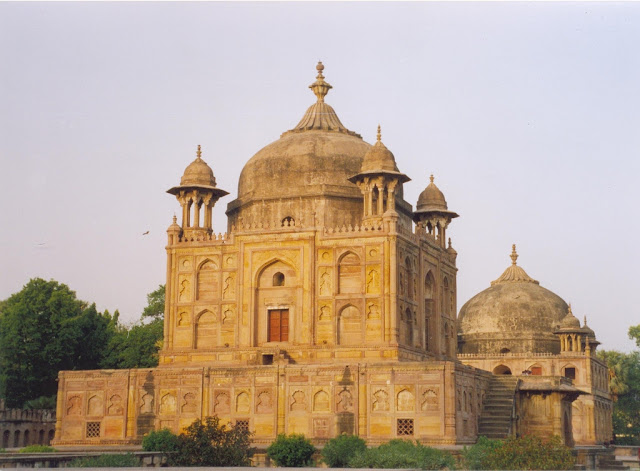 Tomb_Raiders_Islamic_allahabad_wallpapers