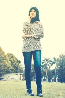 Foto Cewek Model  hijab umur 17 tahun Foto Cewek Model  hijab acara 17 agustus