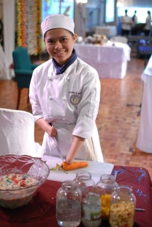Maricel Apatan, The Chef With No Hands! Her Story Will Inspire You!_okjer.com