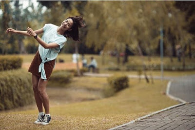 Putri Marino Bilang Lebih Suka Sneakers Dibandikan Heels