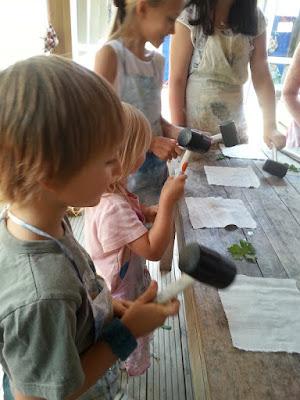 Homeschooling hammer dyeing