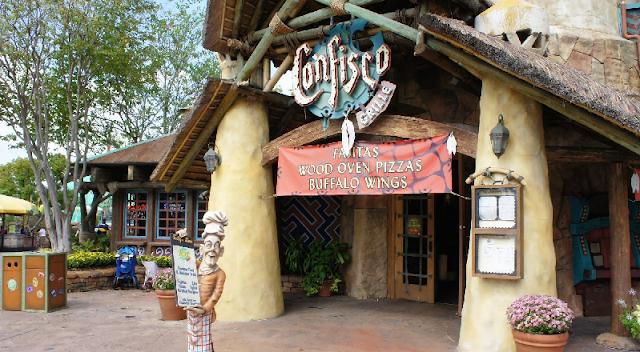 Restaurante Confisco Grille no Islands of Adventure em Orlando