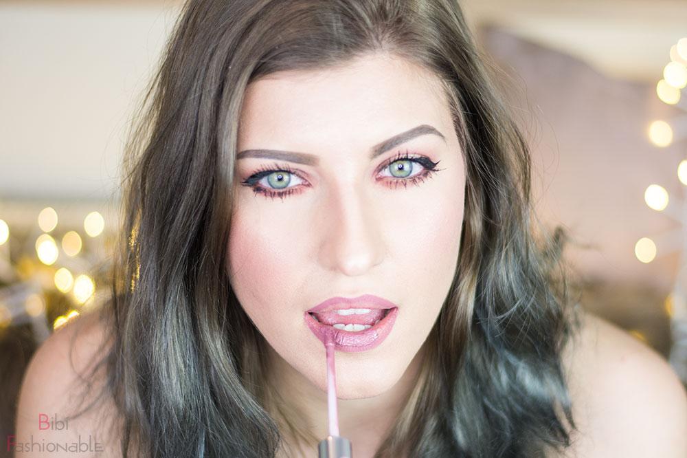 5 Schritte zur perfekten Nude-Lippe ausmalen