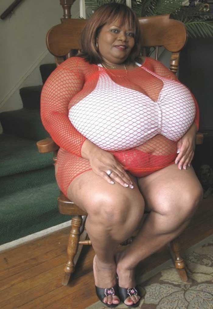 Annie Hawkins has Largest Boob In World