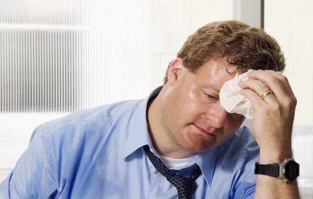 Penyebab dan Cara Mengatasi Keringat Berlebih (Hiperhidrosis)