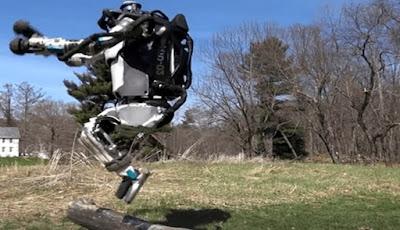 Waspada, Robot Mirip Terminator Sekarang Bisa Mengejar Anda