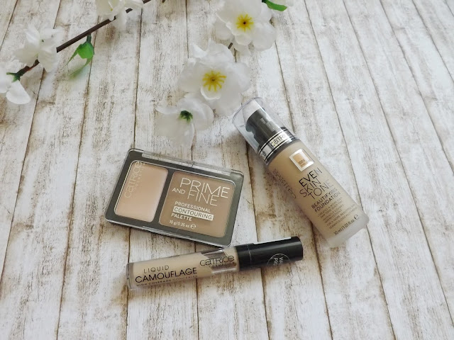Catrice Liquid Camouflage 010, Catrice Even Skin Tone Foundation 005, Contouring Palette 010
